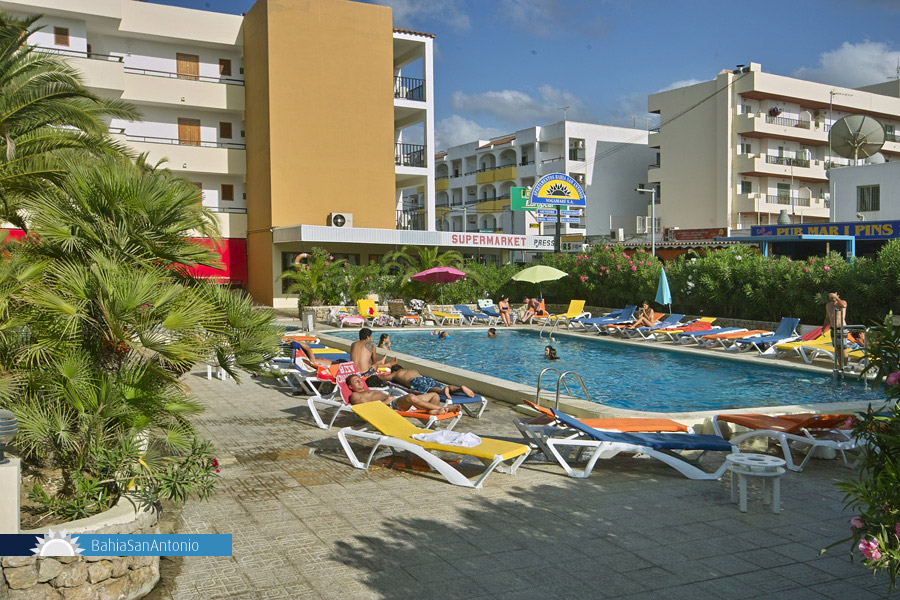 Bahia San Antonio Apartments Ibiza | Official site ...